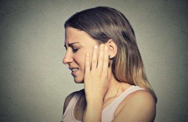 Простуда заложила не только нос, но и уши. Что делать?