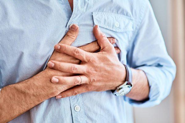 Чем опасна коронавирусная инфекция для пожилых больных с патологиями сердца?